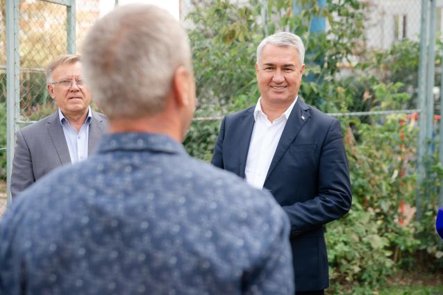Фото Рахим Азимов обсудил с активными кировчанами вопросы благоустройства городских территорий
