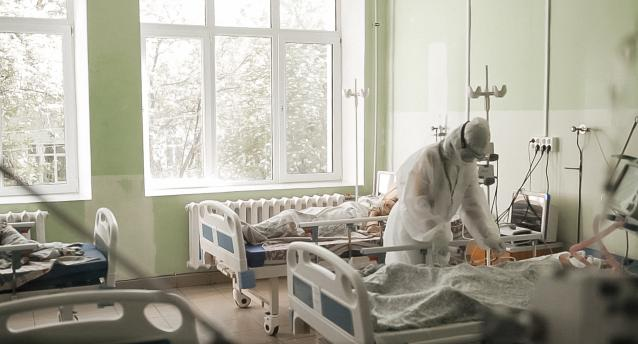 Фото В Кировской области за сутки госпитализирован 631 человек с тяжелой формой COVID-19