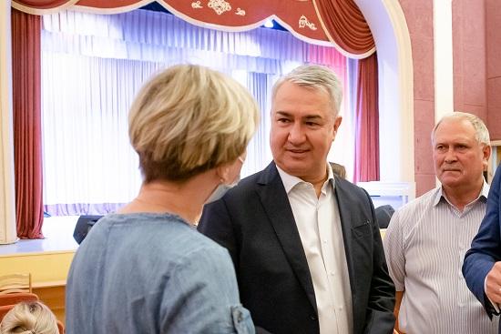Фото Рахим Азимов: проект по ремонту домов культуры будет продолжен в 2022 году