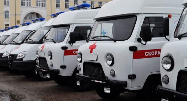 Фото Коми получит 30 машин скорой помощи и 30 школьных автобусов