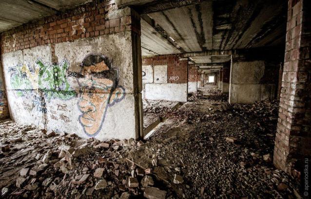Фото Прокуратура обязала мэрию Троицко-Печорска ограничить доступ жителей в два недостроенных здания
