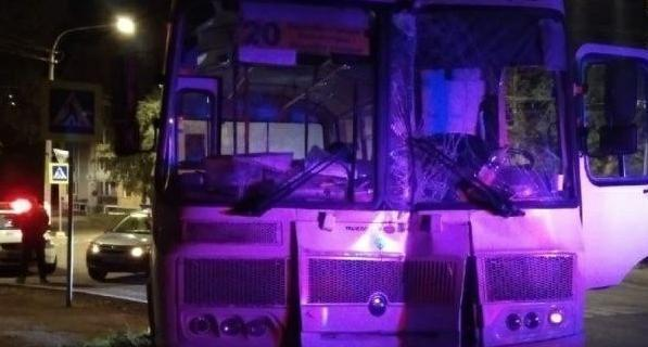 Фото В Коми на подростка завели уголовное дело за угон автобуса