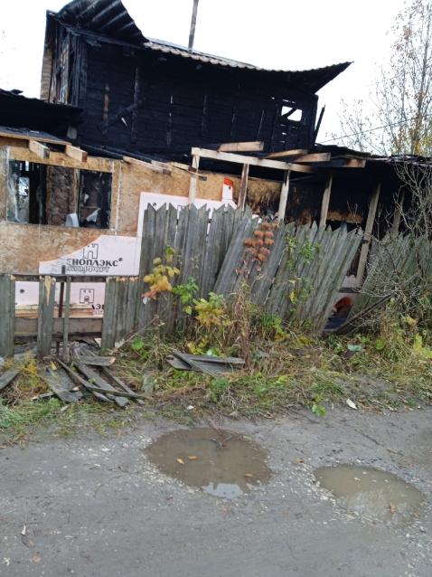 Фото В Эжве из-за печки сгорела дача