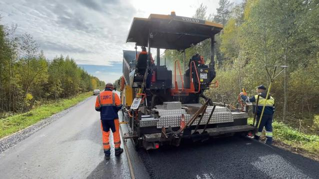 Фото В Кирове завершается ремонт дороги на Федяковское кладбище