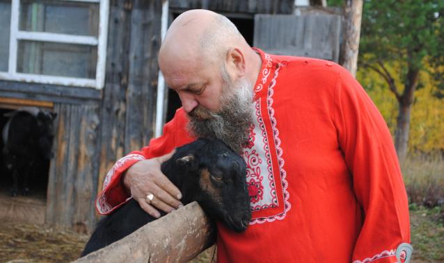 Фото Хозяин хутора. В гостях у фермера, открывшего приют для коз