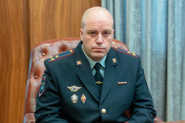 Фото Уроженец Сыктывкара Александр Тихомиров возглавил УГИБДД в Хакасии