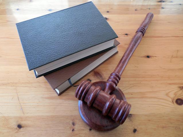 Фото В Сыктывкаре осудили мужчину, преследовавшего девушку
