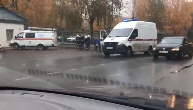 Фото Смертельное ДТП в Сыктывкаре: иномарка сбила женщину и ребенка