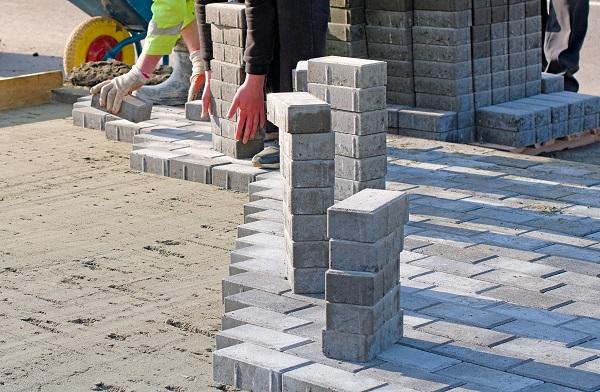 Фото В Кирове выложат брусчаткой 10 пешеходных зон за 143 млн рублей
