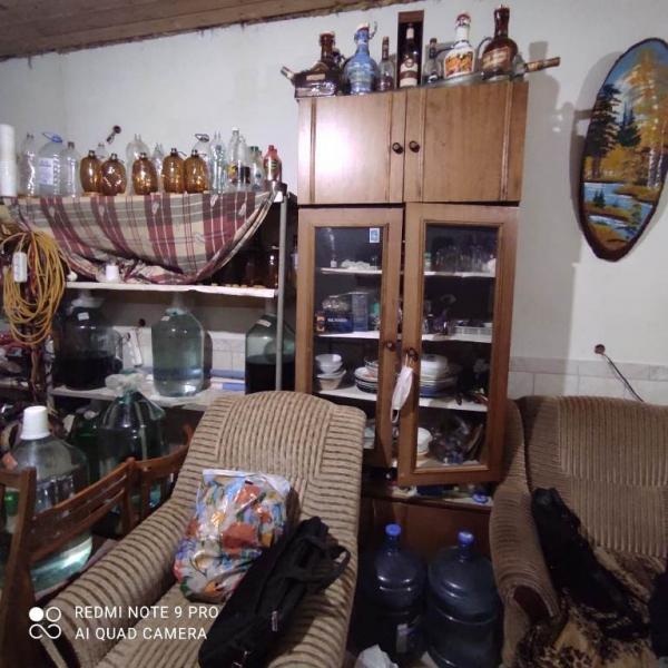 Фото В Коми предприимчивый пенсионер продавал в гараже поддельный алкоголь