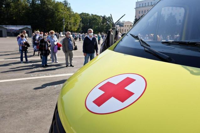 Фото В Кирове в мобильных прививочных пунктах начали вакцинировать от гриппа