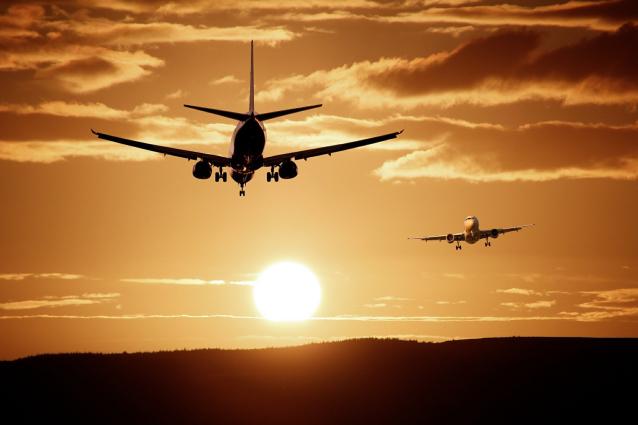 Фото В Усинске мужчина потерял 30 тысяч рублей, при попытке купить билет на самолёт