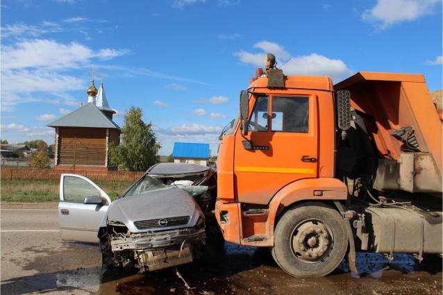 Фото В Кильмезском районе в ДТП с грузовиком погиб 51-летний водитель
