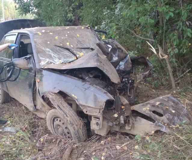 Фото В Юрьянском районе 18-летний пассажир автомобиля погиб в ДТП