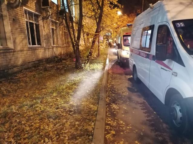 Фото Два человека погибли при пожаре в кировской инфекционной больнице