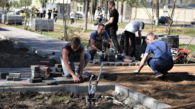 Фото В 2022 году в Сыктывкаре на ремонт тротуаров выделят 80 млн рублей