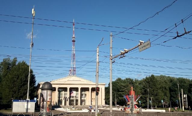 Фото В Кирове у Вятской филармонии откроется выставка об истории парка имени Гагарина