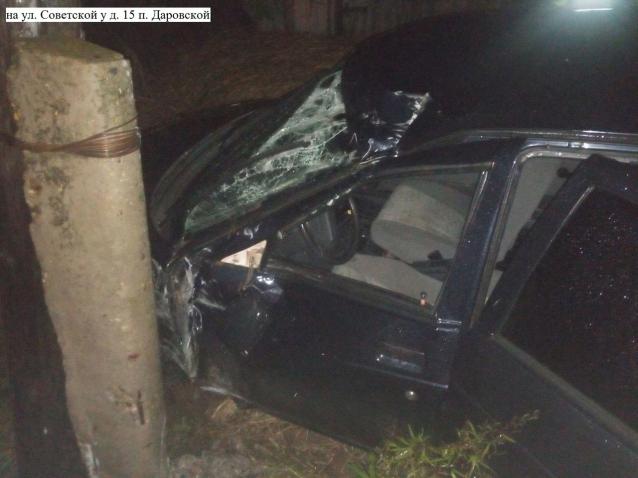 Фото В Даровском пьяный водитель «десятки» вылетел в кювет